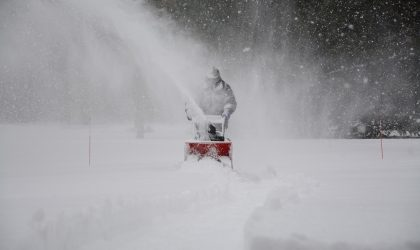 snow-removal-1853220_1920
